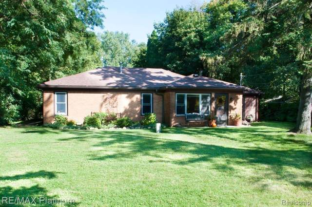 15493 Eddy Lake Road, Holly Twp, MI 48430 (#219096135) :: The Mulvihill Group