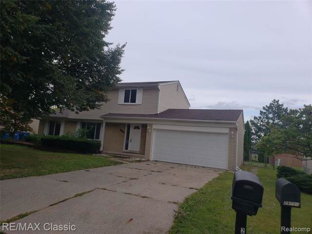 29758 Mackenzie Circle E, Warren, MI 48092 (#219096160) :: Team Sanford