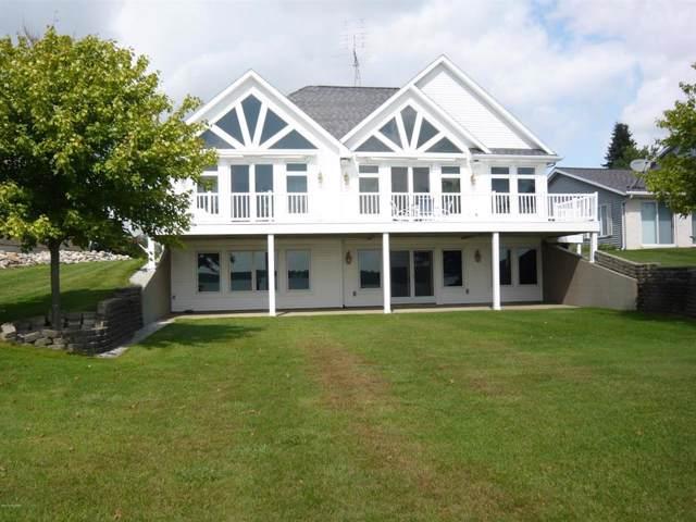 1052 Bay View Dr, Kinderhook Twp, MI 49036 (#62019045451) :: GK Real Estate Team