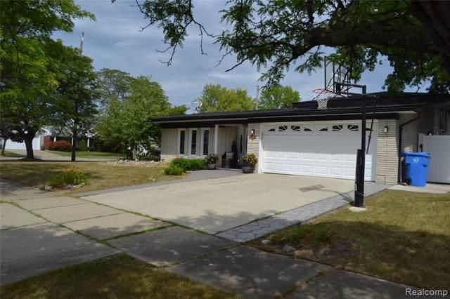 27094 Havelock Drive, Dearborn Heights, MI 48127 (#219096182) :: Team Sanford