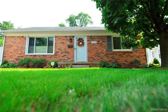 21716 Bon Brae Street, Saint Clair Shores, MI 48081 (#219096183) :: Team DeYonker