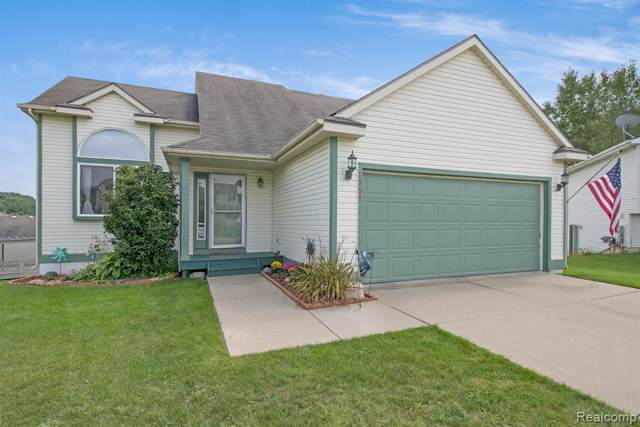1351 Blue Pine Way, Howell Twp, MI 48843 (#219096187) :: The Buckley Jolley Real Estate Team