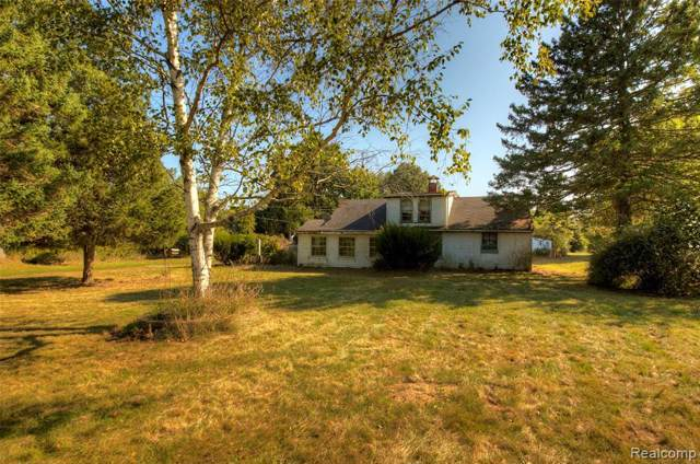 3003 W Cohoctah Road, Cohoctah Twp, MI 48855 (#219096331) :: The Buckley Jolley Real Estate Team