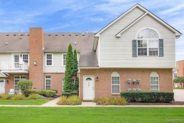 728 Olde English Circle, Howell Twp, MI 48855 (#219096383) :: The Alex Nugent Team | Real Estate One