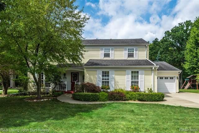 1179 Barneswood Lane, Rochester Hills, MI 48306 (#219096407) :: The Alex Nugent Team | Real Estate One
