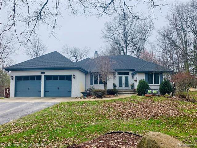 3135 Stanton Road, Orion Twp, MI 48362 (#219096439) :: RE/MAX Classic