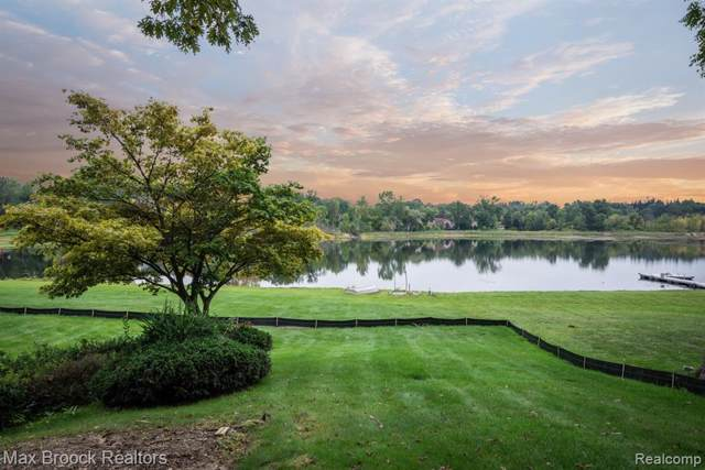 3515 Brookside Drive, Bloomfield Twp, MI 48302 (MLS #219096567) :: The Toth Team