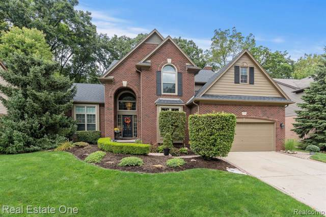 722 Lake Ridge Road, Rochester Hills, MI 48307 (#219096742) :: RE/MAX Nexus