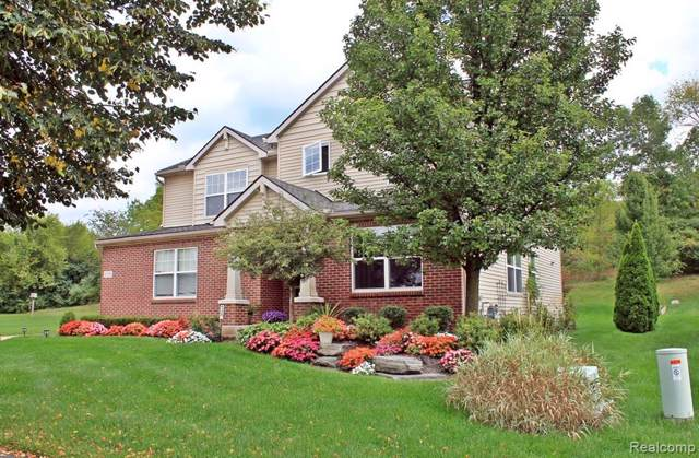 6329 Aspen Way, Ypsilanti Twp, MI 48197 (MLS #219096751) :: The Toth Team
