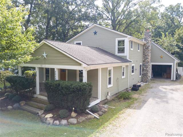 2052 Oaknoll Street, Auburn Hills, MI 48326 (#219096803) :: The Alex Nugent Team | Real Estate One