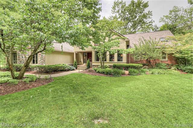 3361 Squirrel Road, Bloomfield Twp, MI 48304 (MLS #219097051) :: The Toth Team