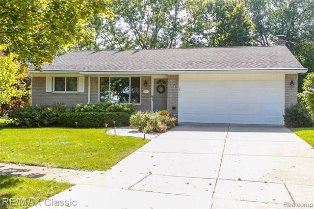 225 Ely Dr N., Northville, MI 48167 (#219097236) :: RE/MAX Classic