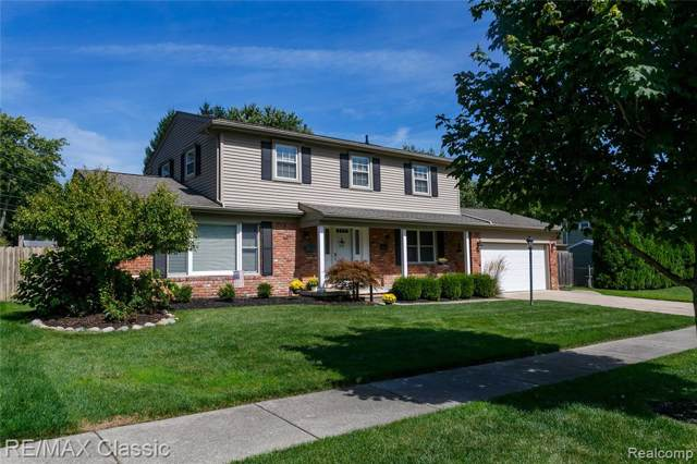 41138 Crestwood Drive, Plymouth Twp, MI 48170 (#219097244) :: Duneske Real Estate Advisors