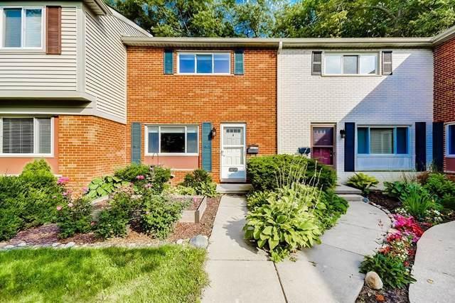 3058 Williamsburg, Ann Arbor, MI 48108 (#543268900) :: The Buckley Jolley Real Estate Team