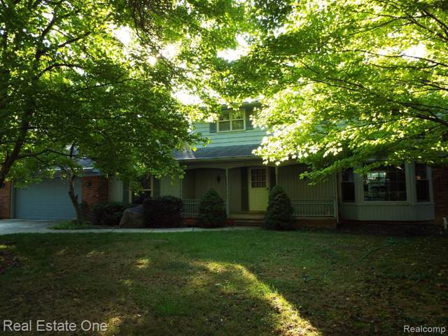28721 Oak Point Drive, Farmington Hills, MI 48331 (#219097351) :: RE/MAX Classic