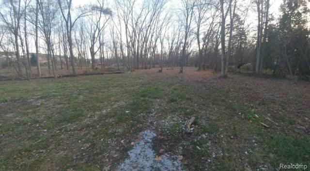 0000 Campground, Washington Twp, MI 48094 (#219097428) :: Springview Realty