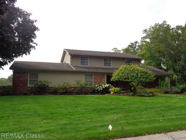 3211 Winchester Road, West Bloomfield Twp, MI 48322 (#219097450) :: RE/MAX Classic