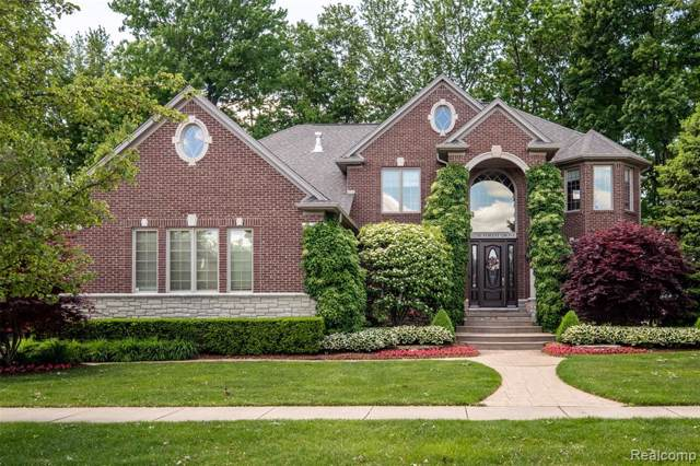 52381 Forest Grove Drive, Shelby Twp, MI 48315 (#219097489) :: The Alex Nugent Team   Real Estate One