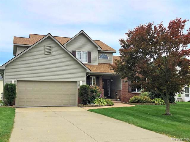 658 Sandpiper Way, Oxford Twp, MI 48371 (#219097590) :: The Mulvihill Group