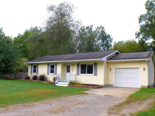 13332 Heather Lane, Perry, MI 48872 (MLS #630000241043) :: The Toth Team