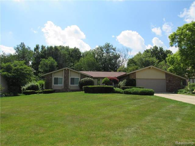 1251 Mill Creek Road, Flint Twp, MI 48532 (#219097682) :: Duneske Real Estate Advisors