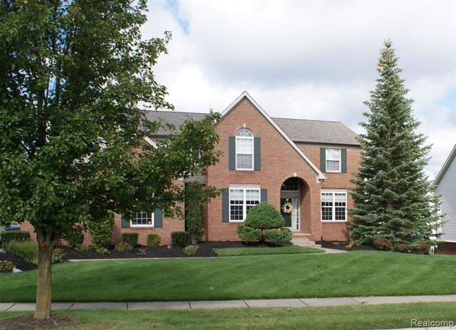 1021 Carriage Trace Boulevard, South Lyon, MI 48178 (#219097738) :: The Buckley Jolley Real Estate Team