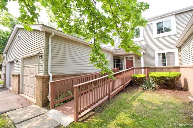 2072 Woodrow Wilson Blvd #3, West Bloomfield Twp, MI 48324 (#219097807) :: The Buckley Jolley Real Estate Team