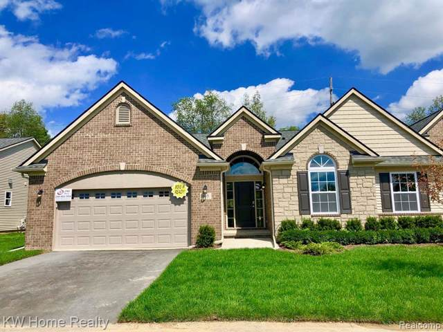 685 Andover Park Lane #5, Milford Twp, MI 48381 (#219098056) :: The Mulvihill Group