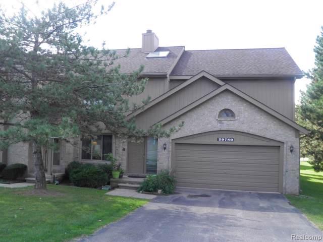 29780 Sierra Point Circle, Farmington Hills, MI 48331 (#219098462) :: The Buckley Jolley Real Estate Team