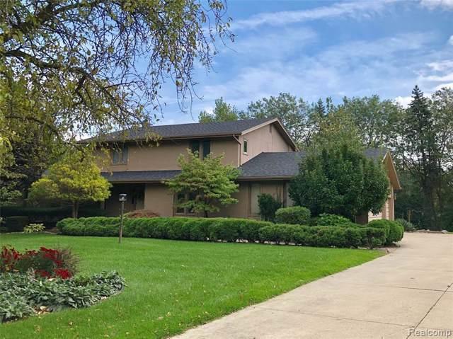 764 Brookwood Walke, Bloomfield Twp, MI 48304 (#219099293) :: The Alex Nugent Team | Real Estate One