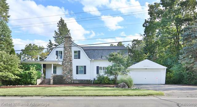 5225 Walnut Lake Road, West Bloomfield Twp, MI 48323 (#219099722) :: The Buckley Jolley Real Estate Team