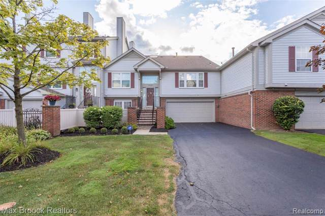 49409 Plymouth Way #4, Plymouth Twp, MI 48170 (#219100067) :: The Buckley Jolley Real Estate Team