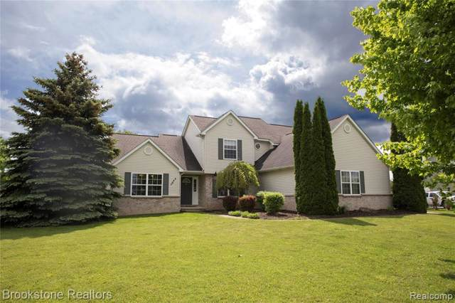 7643 Summer Breeze Trail, Howell Twp, MI 48843 (#219100160) :: The Mulvihill Group