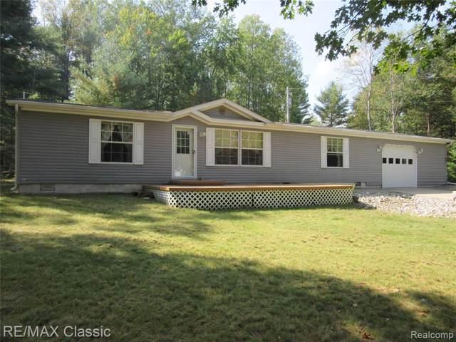 7480 Oak Road Road, Richfield Twp, MI 48656 (#219100871) :: The Buckley Jolley Real Estate Team
