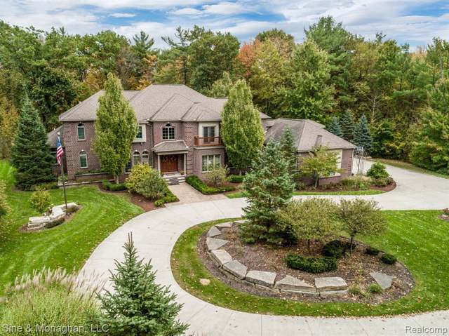 1325 Welser Way, ST. CLAIR TWP, MI 48079 (#219100993) :: The Buckley Jolley Real Estate Team