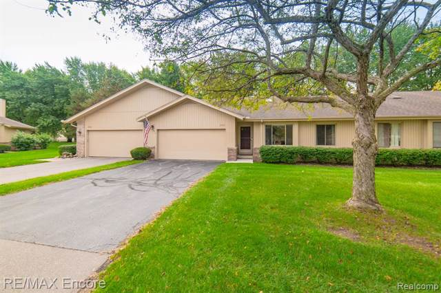 1856 Hunters Lane, Orion Twp, MI 48360 (#219101449) :: The Buckley Jolley Real Estate Team