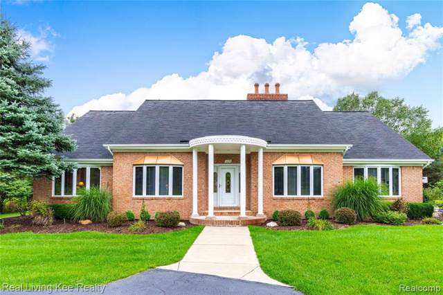 1498 Mill Race, Rochester Hills, MI 48306 (#219101915) :: The Buckley Jolley Real Estate Team