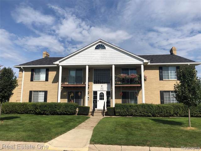 11825 Seaton Drive #121, Sterling Heights, MI 48312 (#219102211) :: The Buckley Jolley Real Estate Team