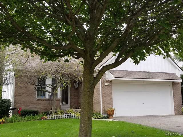 124 Brookwood Court, South Lyon, MI 48178 (#219103000) :: The Buckley Jolley Real Estate Team