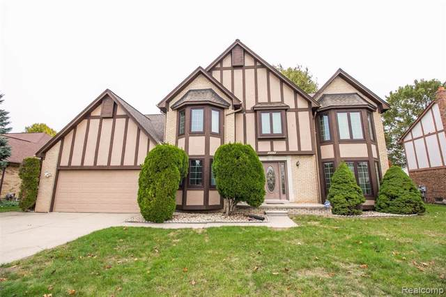 2333 Hidden Trail Drive, Sterling Heights, MI 48314 (#219103154) :: The Mulvihill Group