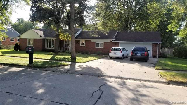 19299 Bainbridge Avenue, Livonia, MI 48152 (#219103326) :: The Mulvihill Group