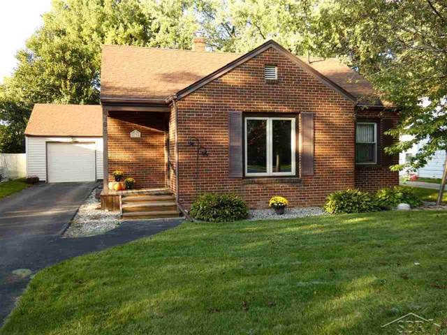 4194 Louise St, Saginaw Twp, MI 48603 (#61031396830) :: The Mulvihill Group