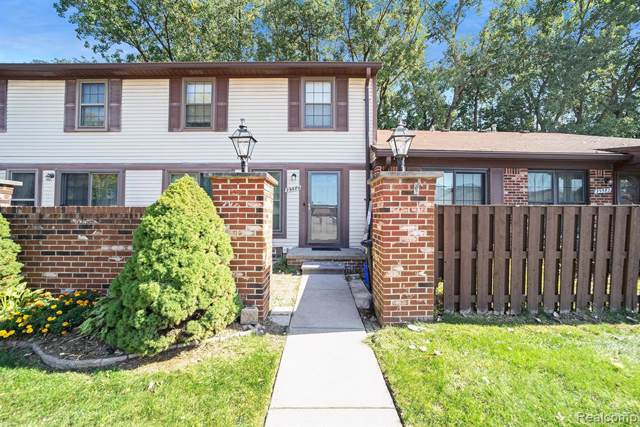 39584 Old Dominion Drive, Clinton Twp, MI 48038 (#219103462) :: The Buckley Jolley Real Estate Team