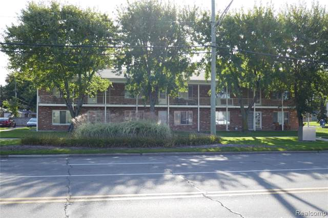 33310 N Harper Avenue Avenue N #3, Saint Clair Shores, MI 48082 (#219103464) :: The Buckley Jolley Real Estate Team