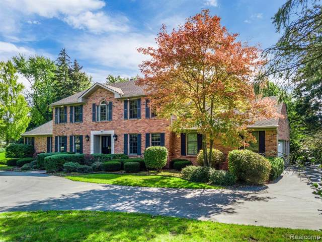 375 W Hickory Grove Road, Bloomfield Twp, MI 48302 (#219103659) :: Alan Brown Group