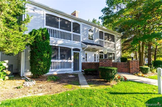 1217 Curzon Court #203, Howell, MI 48843 (#219103704) :: The Buckley Jolley Real Estate Team