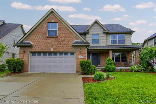 26923 Pepperwood Drive, Woodhaven, MI 48183 (#219103757) :: The Buckley Jolley Real Estate Team