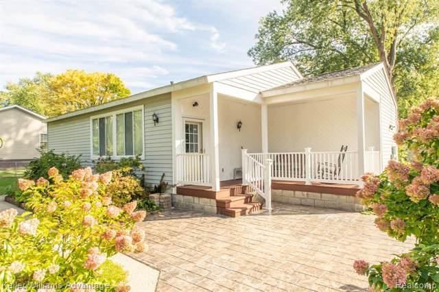 4080 Velma Drive, Fort Gratiot Twp, MI 48059 (#219104203) :: The Buckley Jolley Real Estate Team