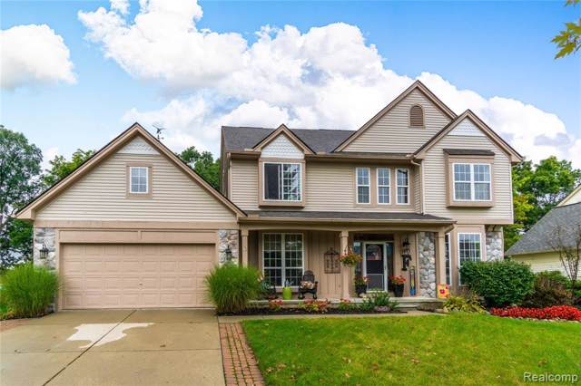1041 Colt Lane, South Lyon, MI 48178 (#219104295) :: BestMichiganHouses.com