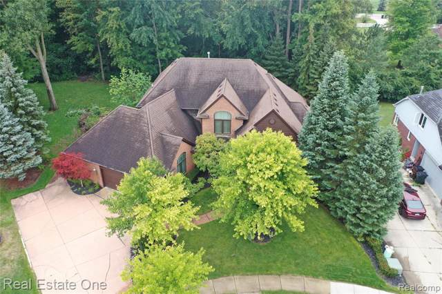 11360 Wilshire Drive, Shelby Twp, MI 48315 (#219104413) :: The Alex Nugent Team   Real Estate One
